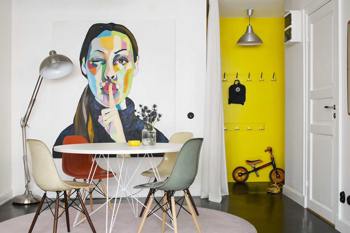 Colorful dining room design