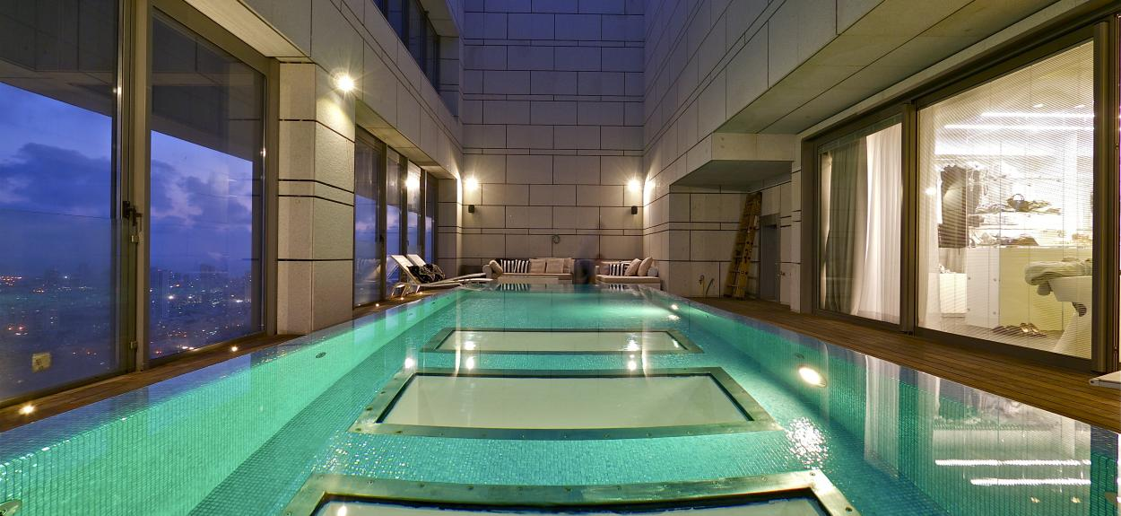 How to make an awesome indoor swimming pool