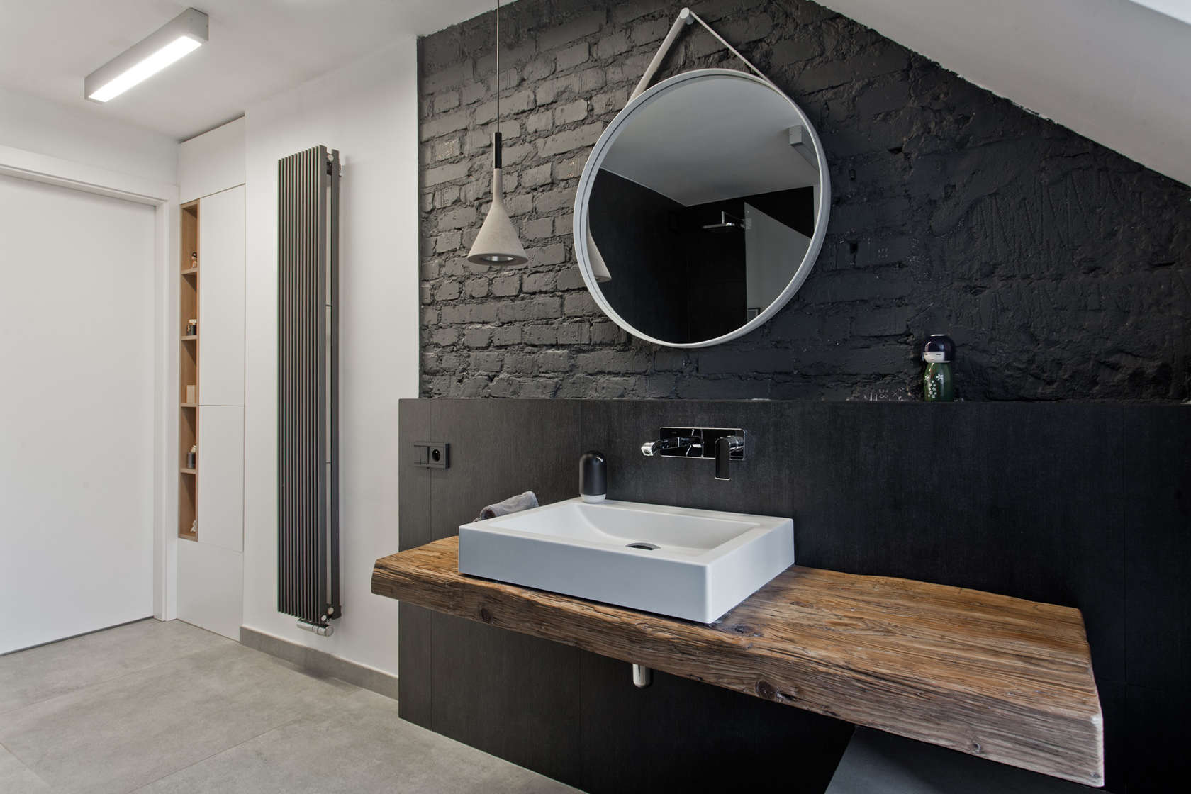 Black painted brick walls decoration