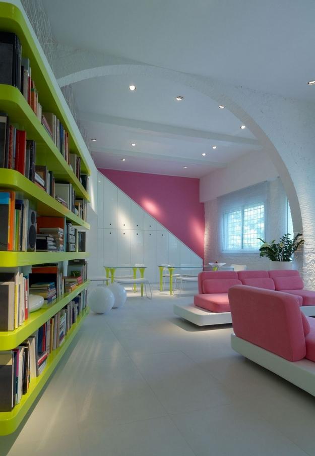 Pink and Fancy living room design