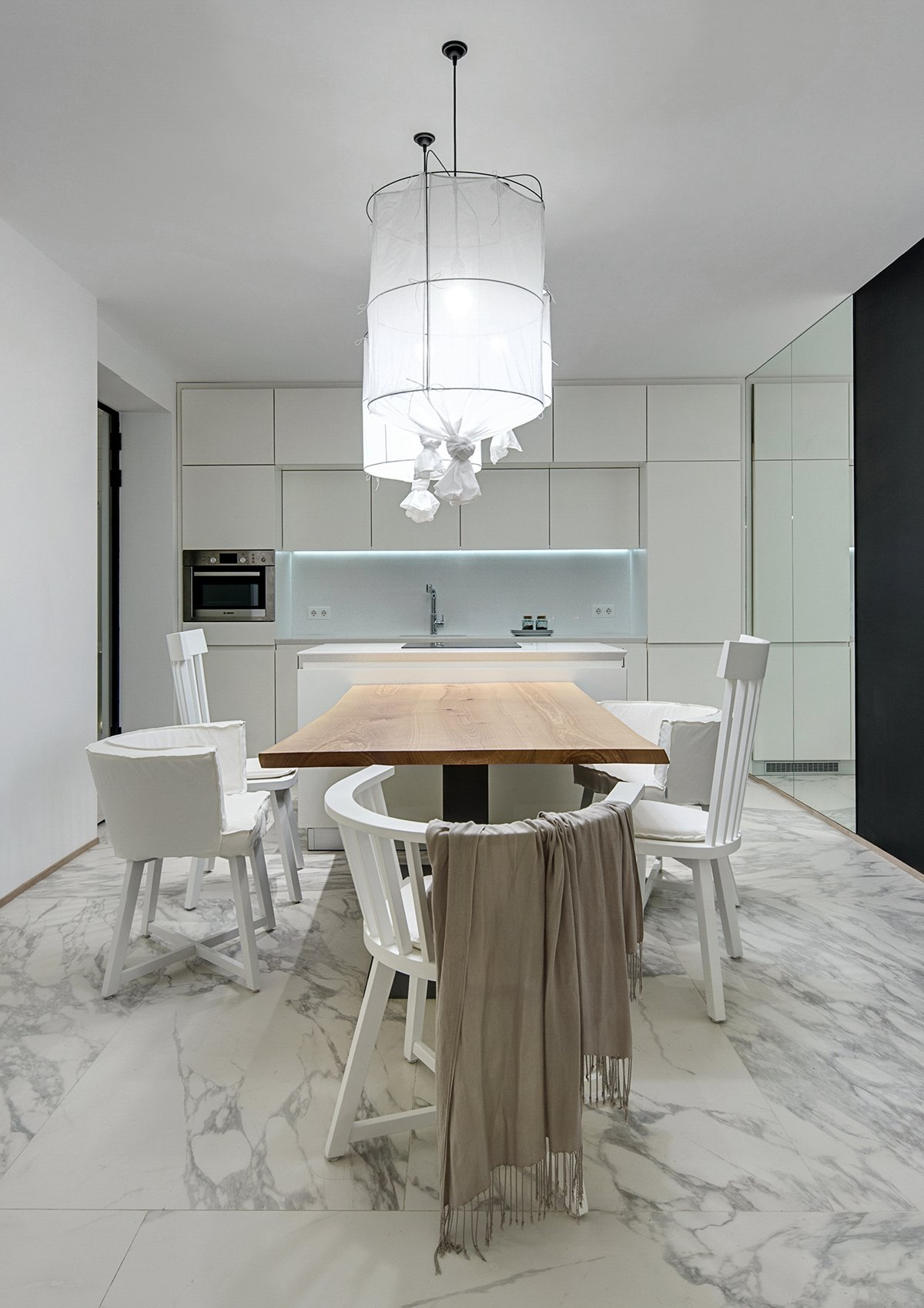 Inspiration dining room design with suitable ideas and for Small dining room design inspiration