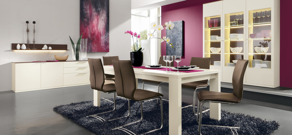 Pink dining room ideas for women
