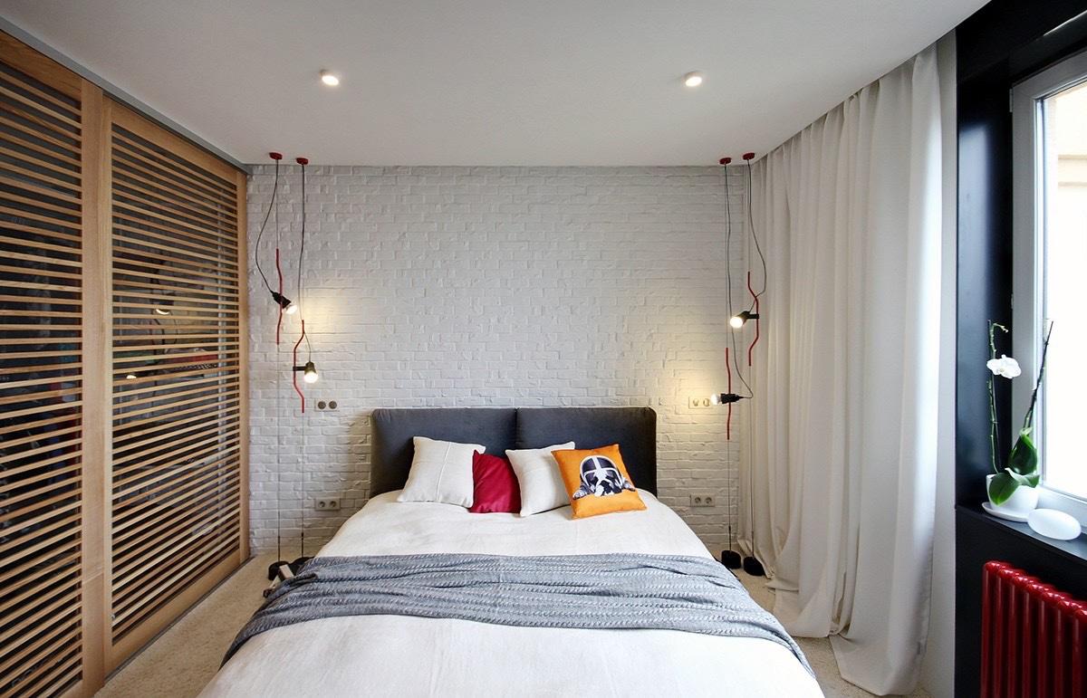 Red bedroom decoration