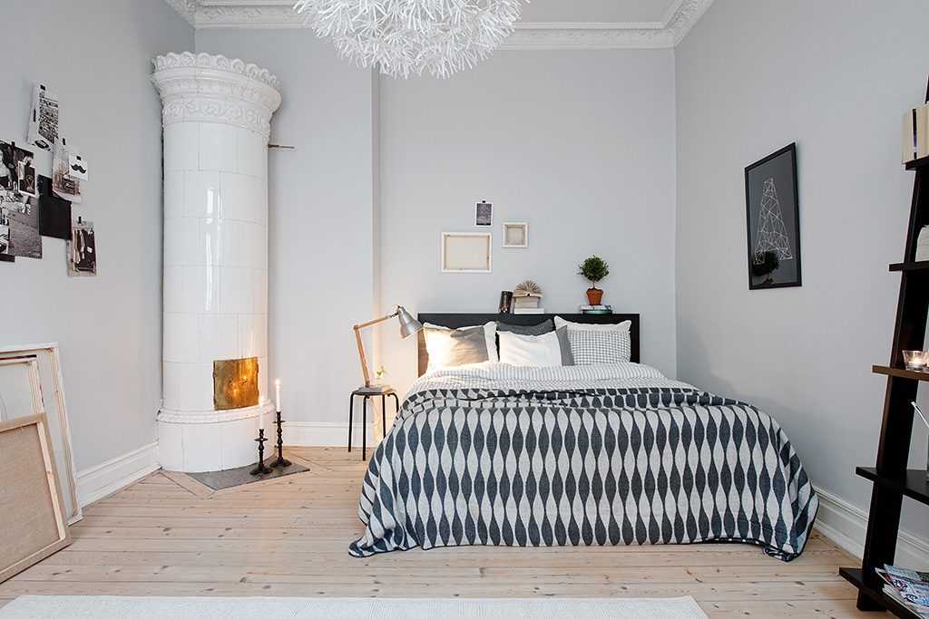 12 scandinavian bedroom interior designs with outstanding for Interior designs by ria