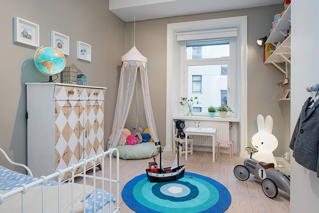 Inspirational children room design with the soft touch accents roohome