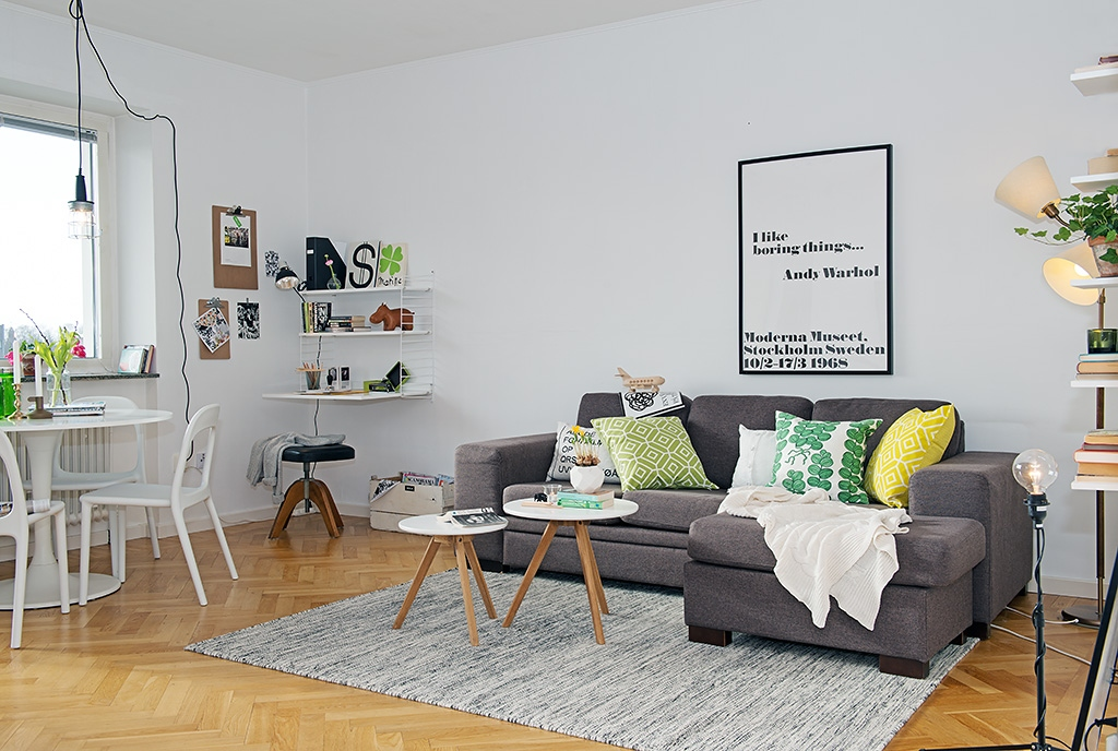 Minimalist Living Room Small Space Page Minimalist Living