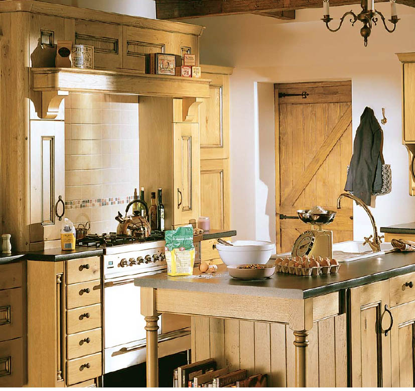 4 Elements Could Bring Out Traditional Kitchen Designs: Country Style Kitchen Ideas With Compact Layouts