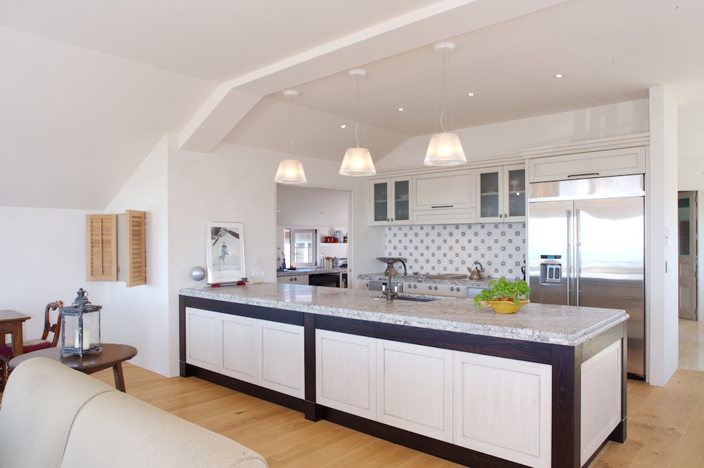 Modern kitchen design ideas with perfect light decor