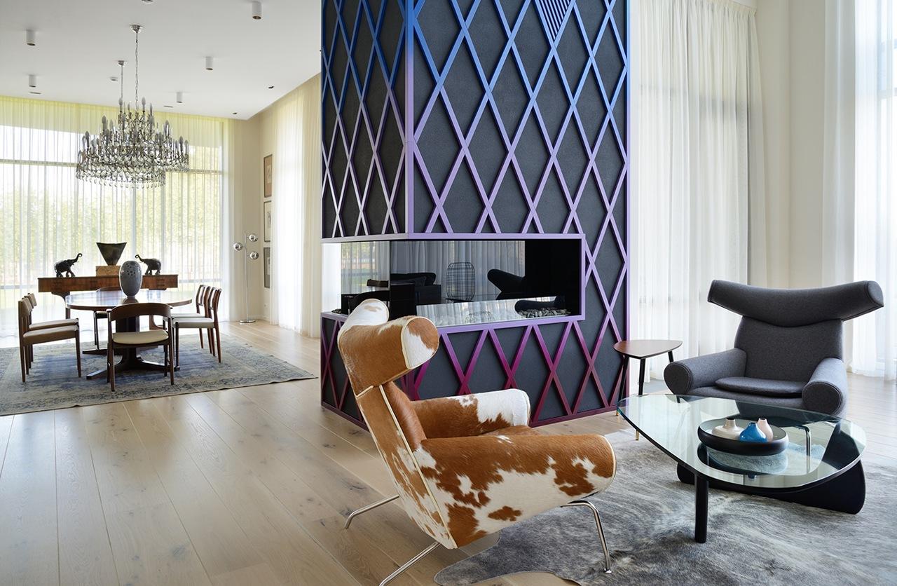 Colorful interior decorating ideas