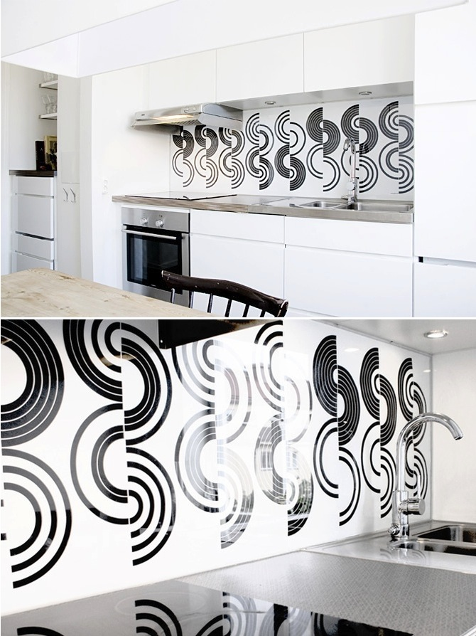 black and white backsplash
