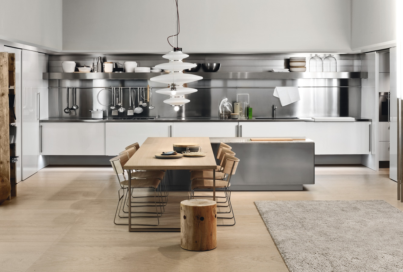 Simple Kitchen Design For Small Space: Simple Kitchen With Aluminium Furniture Design For Small