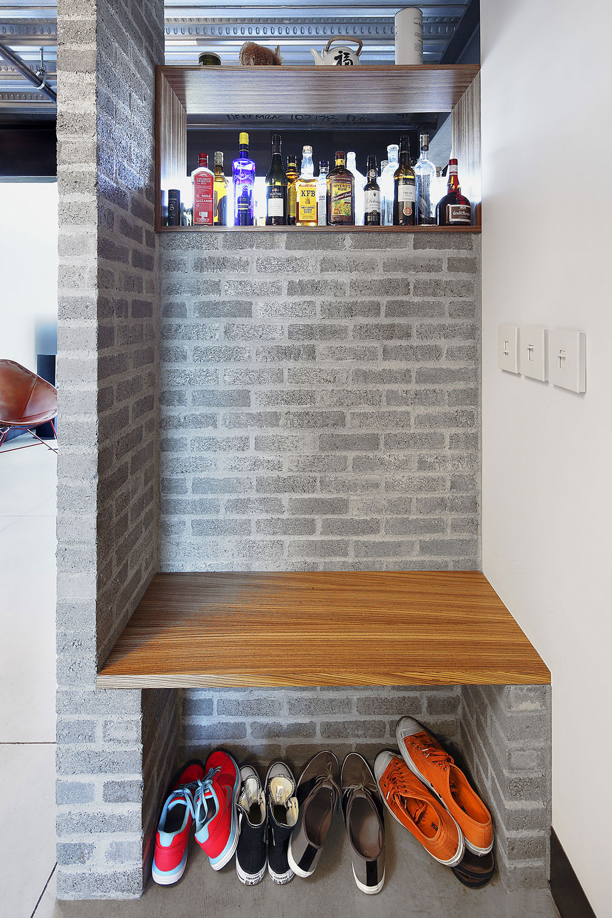 Modern apartment furniture design