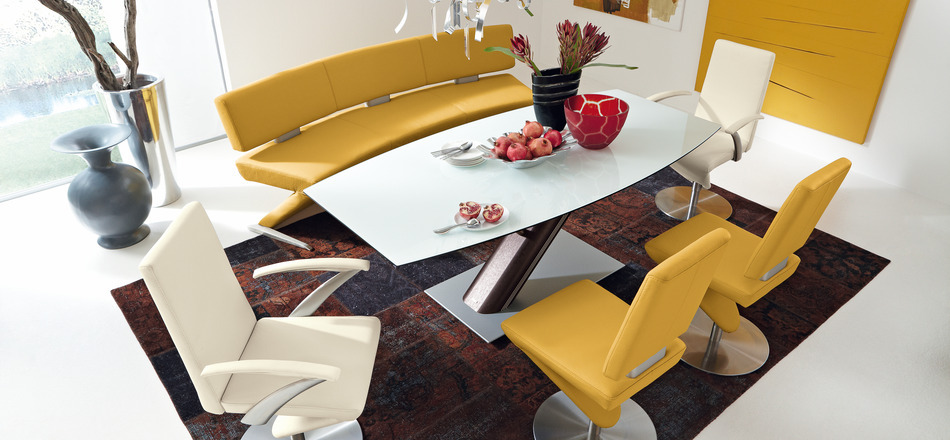 yellow decoration dining room