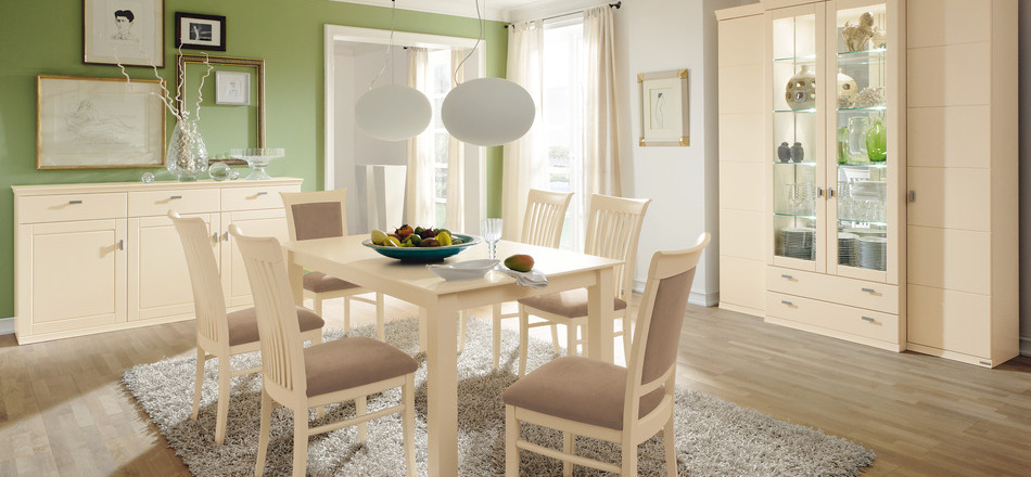classic wooden dining room design