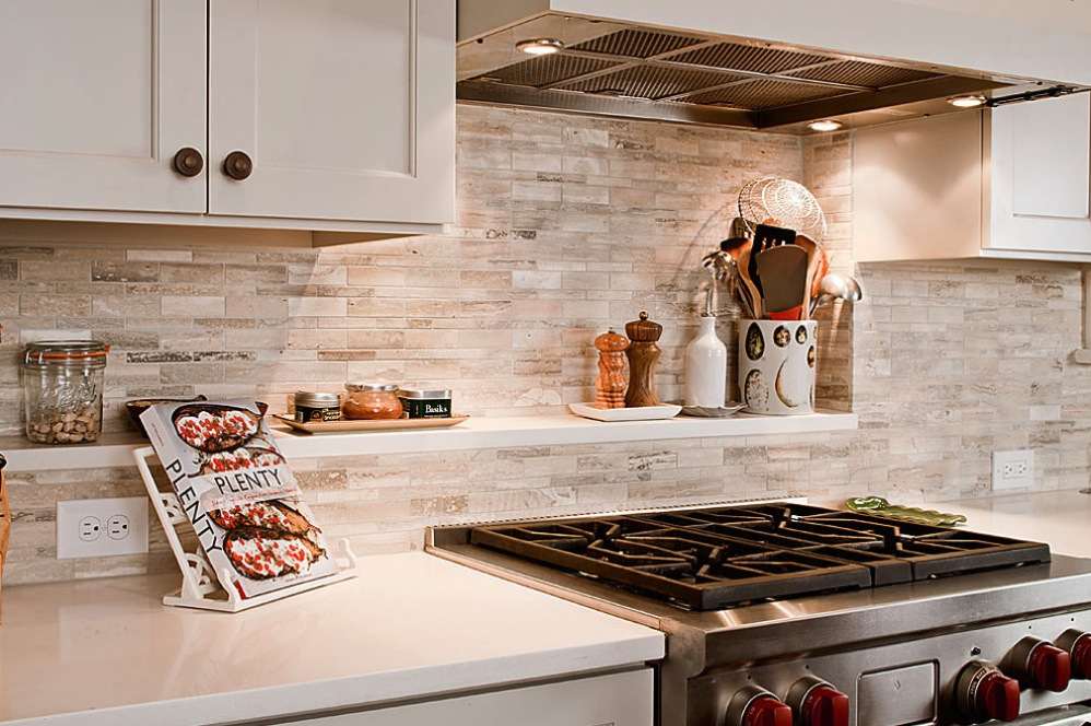 white tile backsplash design