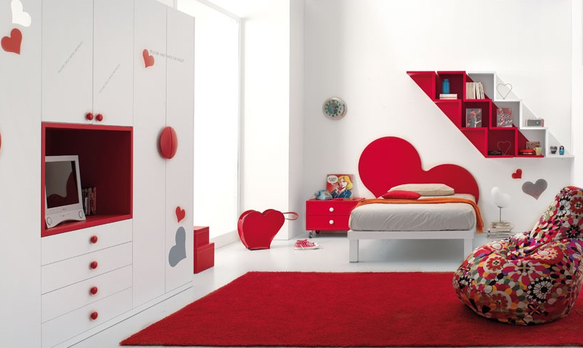 beauty red bedroom design