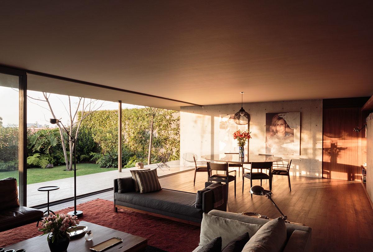 Modern classic decor