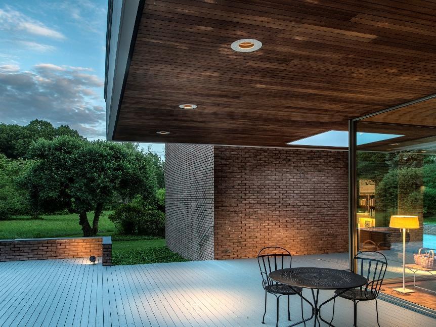 Beautiful indoor-outdoor design