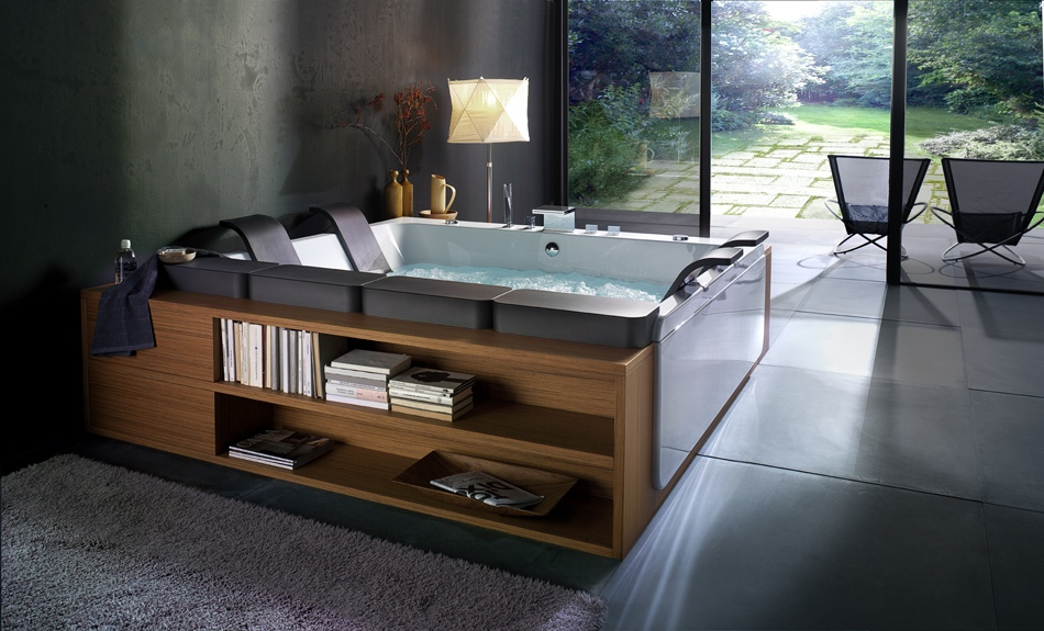 bathtub design showing nature view