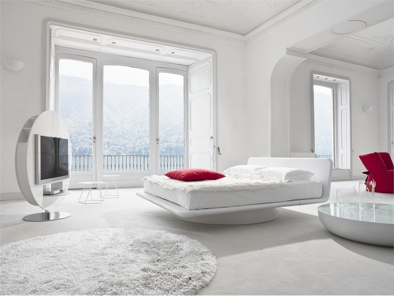 white color for unique bedroom