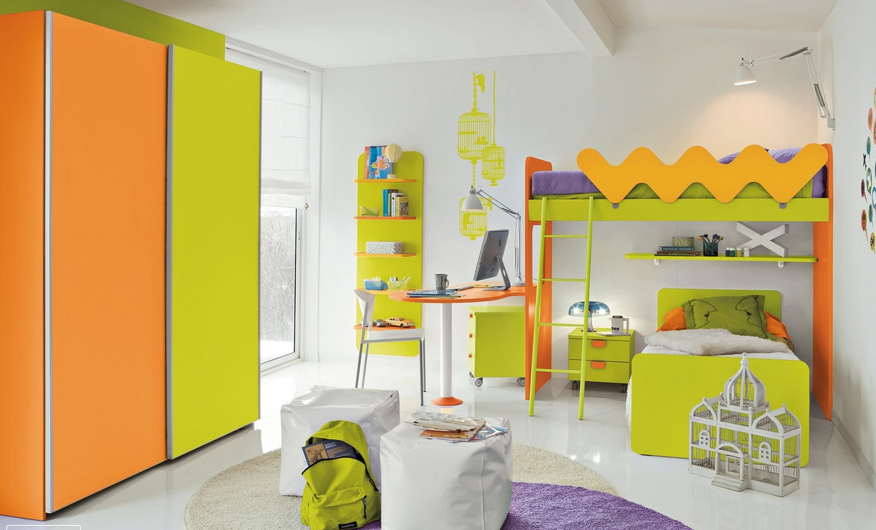 bright color kid's bedroom design