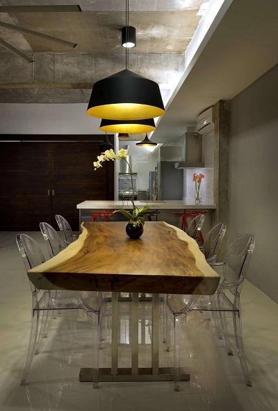 Beautiful kitchen designs with dark accents