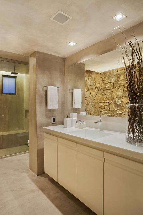 Creative storage ideas for small bathroom