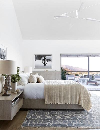 Minimalist decoration for bedroom
