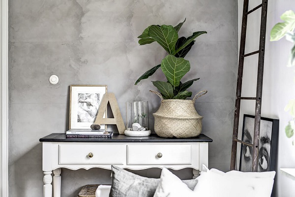 Small apartment decor with cute decoration