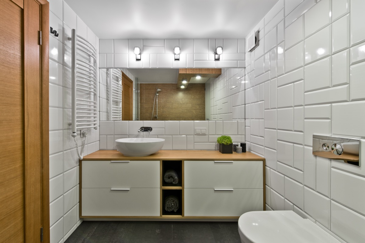 white brick scandinavian bathroom