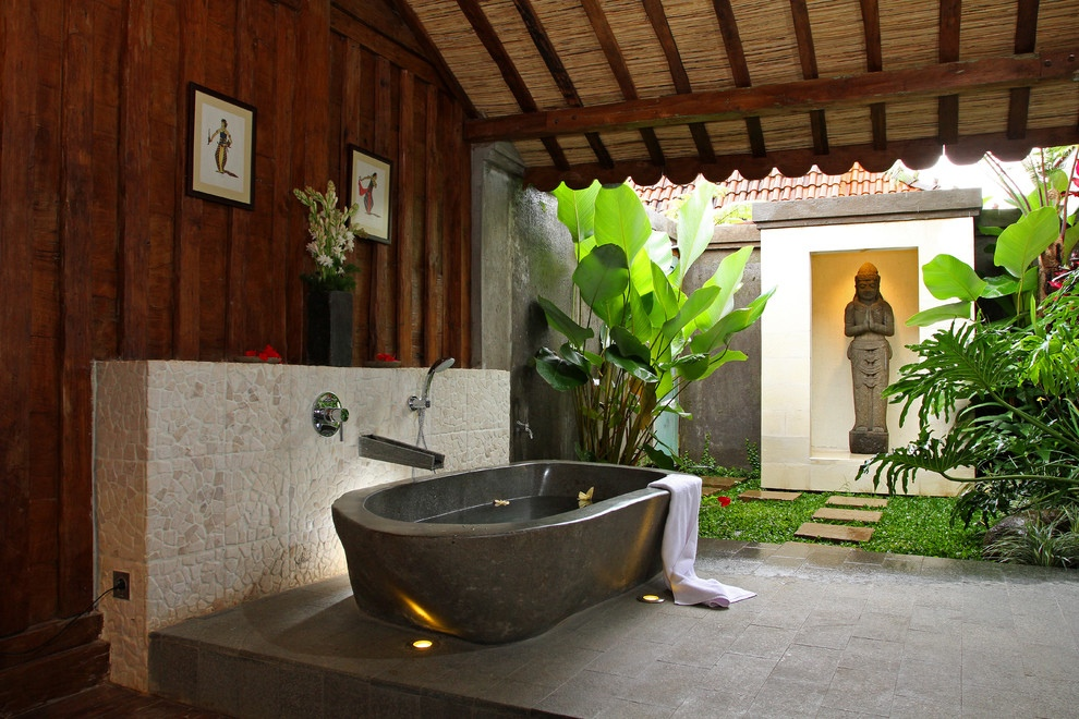 contemporary bathroom with perfect bathtub