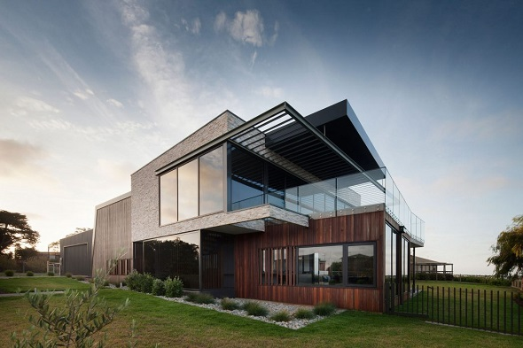 Contemporary two-storey house design