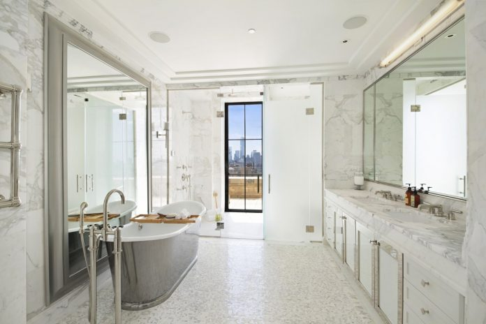 white gorgeous tile bathroom decor