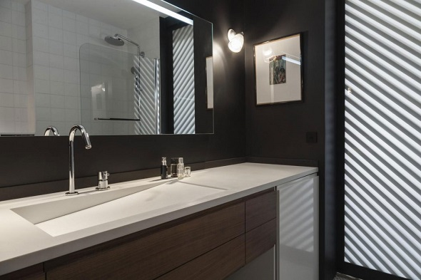 Minimalist small bathroom design ideas