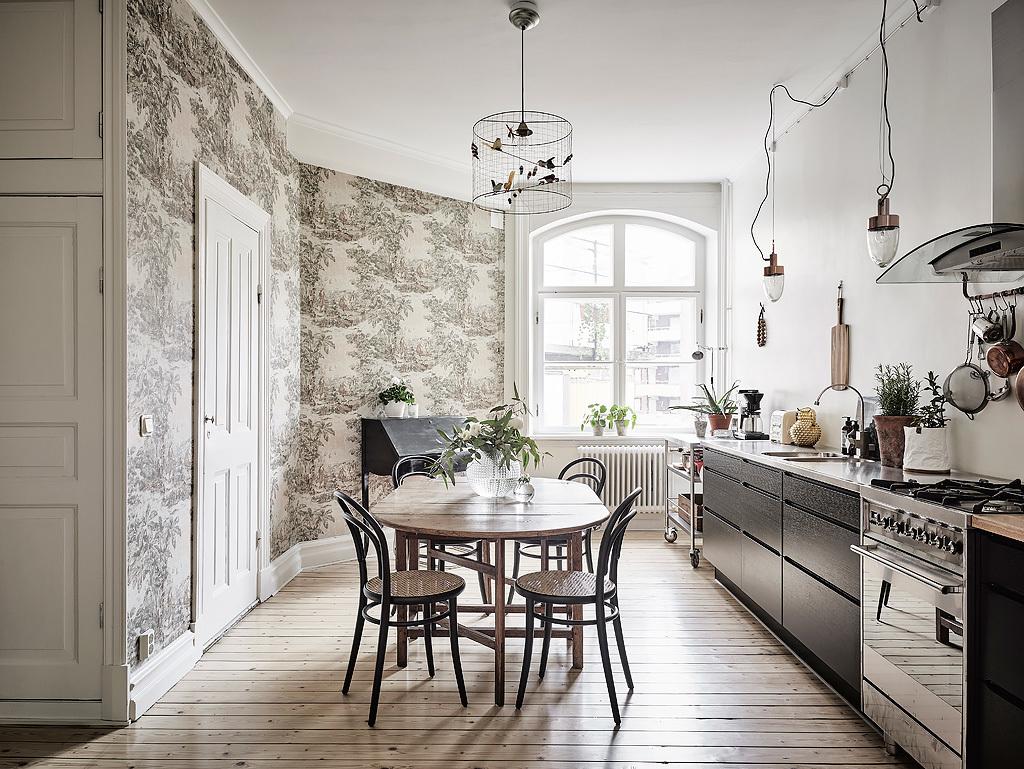 trendy white scandinavian dining room