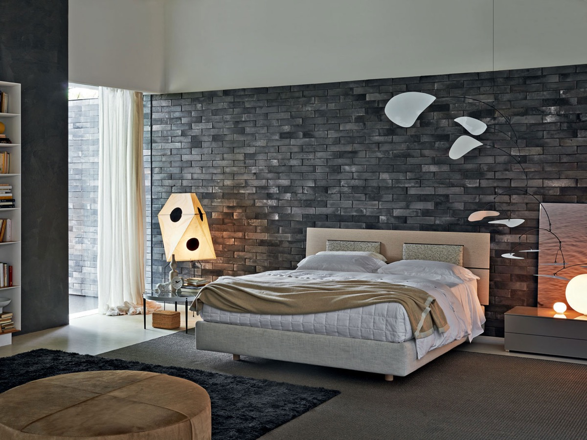 Sophisticated Bedroom Designs Which Applying With A Brick