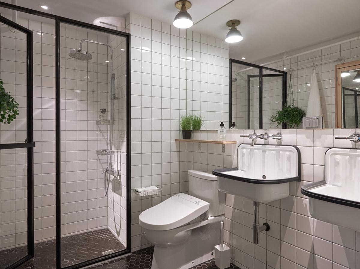 white hungarian bathroom design