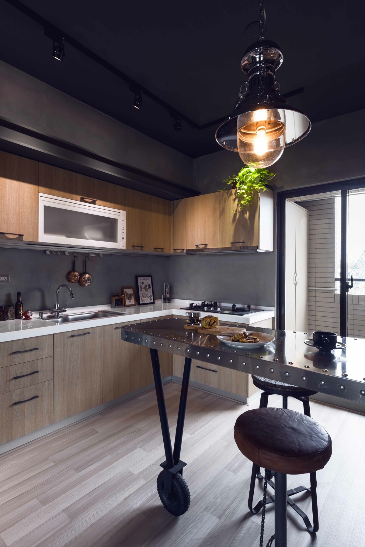 Modern minimalist house decor - Fabulous Apartment Design Decorated By Industrial Feel And