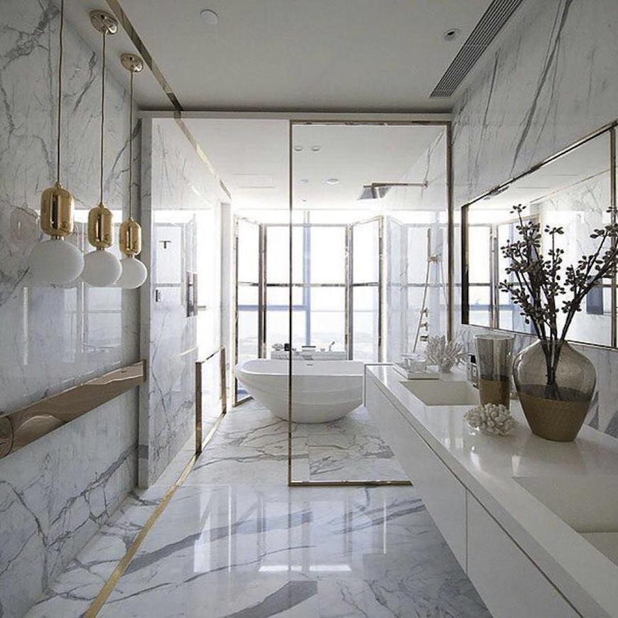 white luxury bathroom decor