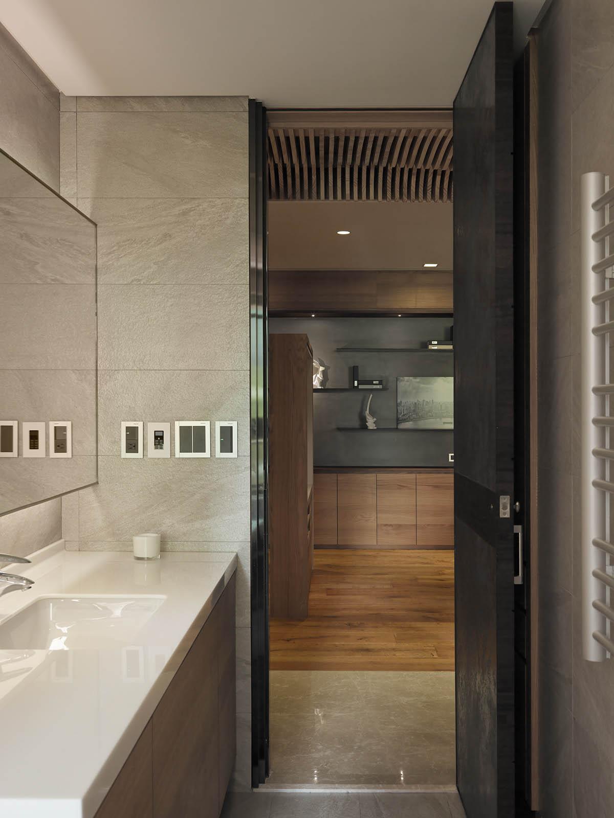 stunning- wooden bathroom design