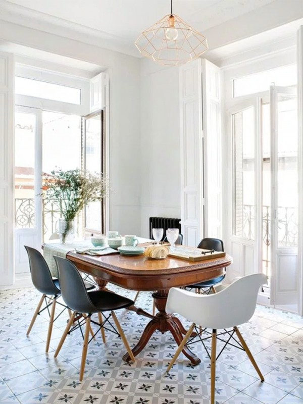 white classic dining room decor