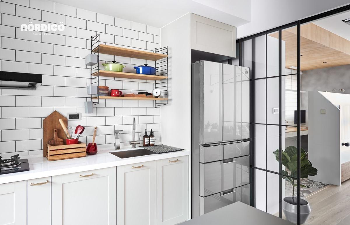 white Scandinavian style for kitchen