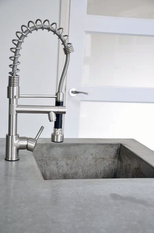 Commercial fusion kitchen faucet