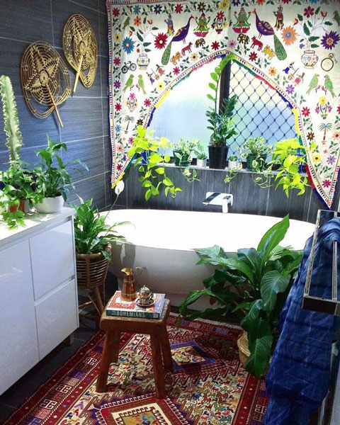 Small bathroom bohemian interior design ideas