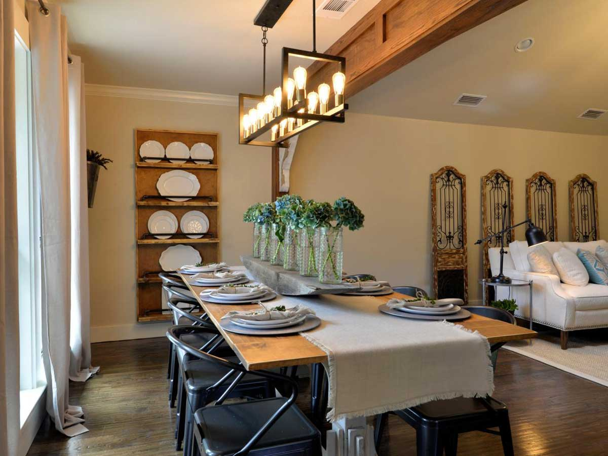 Diy dining room decorations create your own dining room for Room design your own