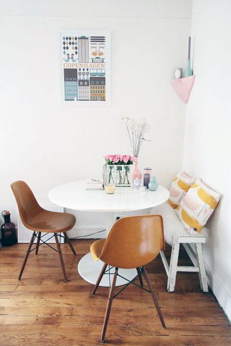 Modern small dining room interior design ideas