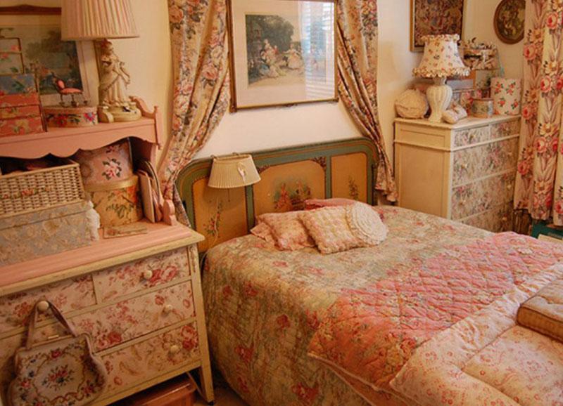 Vintage Design To Make Your Bedroom Cozy Roohome