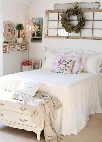 White Shabby Chic Bedroom Decors