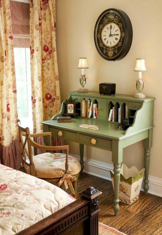 Classic look in vintage-style bedroom ideas