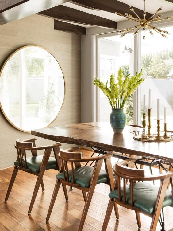 big mirror for brighten up the minimalist dining room